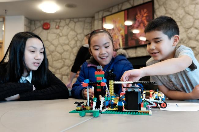 LEGO creating thinking and play anti-bullying